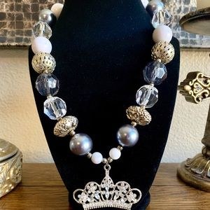 Other - Handmade chunky bubblegum bead queen necklace